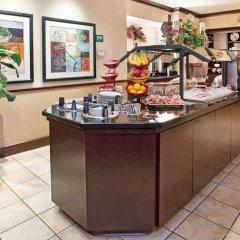 Отель Staybridge Suites Columbus-Airport питание