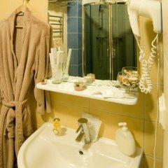 Гостиница Меблированные комнаты комфорт Австрийский Дворик Стандартный семейный номер с двуспальной кроватью фото 5