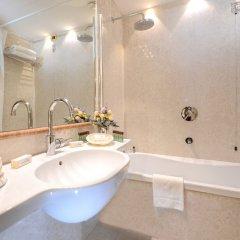 Отель Ca' Rialto House Италия, Венеция - 2 отзыва об отеле, цены и фото номеров - забронировать отель Ca' Rialto House онлайн ванная фото 2