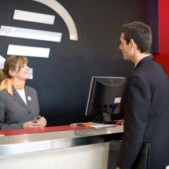 Expo Hotel интерьер отеля