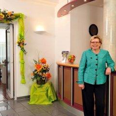 Отель Westside Hotel garni Германия, Мюнхен - отзывы, цены и фото номеров - забронировать отель Westside Hotel garni онлайн интерьер отеля фото 2