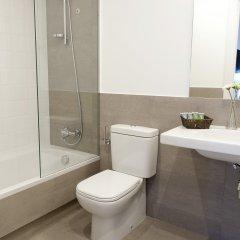 Отель MH Apartments Barcelona Испания, Барселона - отзывы, цены и фото номеров - забронировать отель MH Apartments Barcelona онлайн ванная фото 2