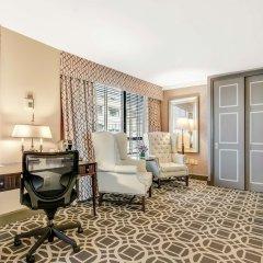 Отель The Madison Washington DC, A Hilton Hotel США, Вашингтон - отзывы, цены и фото номеров - забронировать отель The Madison Washington DC, A Hilton Hotel онлайн удобства в номере фото 2