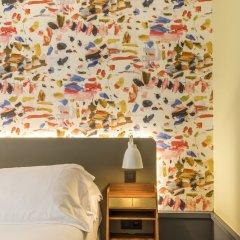 Hotel Des Artistes сейф в номере