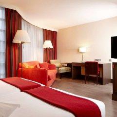 Отель NH Amsterdam Schiphol Airport Нидерланды, Хофддорп - 3 отзыва об отеле, цены и фото номеров - забронировать отель NH Amsterdam Schiphol Airport онлайн удобства в номере фото 2
