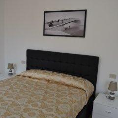 Отель Suite in Venice Ai Carmini сейф в номере