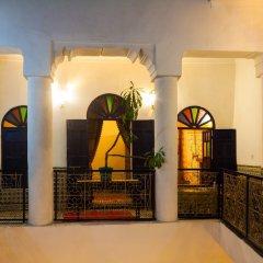 Отель Riad Tiziri Марокко, Марракеш - отзывы, цены и фото номеров - забронировать отель Riad Tiziri онлайн интерьер отеля фото 3