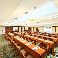 Отель Lindner Hotel Prague Castle Чехия, Прага - 2 отзыва об отеле, цены и фото номеров - забронировать отель Lindner Hotel Prague Castle онлайн помещение для мероприятий фото 2