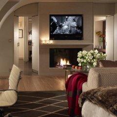Отель Four Seasons Hotel Geneva Швейцария, Женева - отзывы, цены и фото номеров - забронировать отель Four Seasons Hotel Geneva онлайн интерьер отеля фото 3