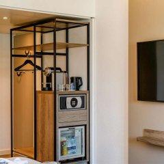 Отель Novotel Zurich City-West Швейцария, Цюрих - 9 отзывов об отеле, цены и фото номеров - забронировать отель Novotel Zurich City-West онлайн сейф в номере
