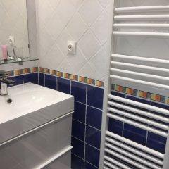 Отель Les Patios du Marais 1 ванная