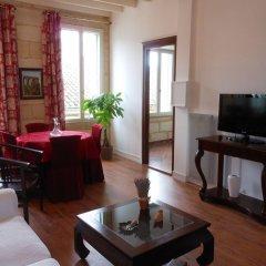 Отель Les Logis Du Roy Франция, Сент-Эмильон - отзывы, цены и фото номеров - забронировать отель Les Logis Du Roy онлайн комната для гостей фото 5