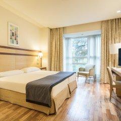 Отель Ilunion Pio XII Испания, Мадрид - 1 отзыв об отеле, цены и фото номеров - забронировать отель Ilunion Pio XII онлайн комната для гостей фото 4