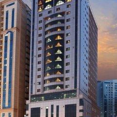 Отель Al Hayat Hotel Suites ОАЭ, Шарджа - отзывы, цены и фото номеров - забронировать отель Al Hayat Hotel Suites онлайн вид на фасад