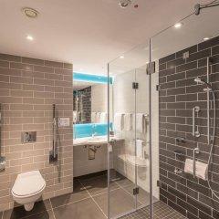 Отель Holiday Inn Express Cologne - City Centre Кёльн ванная