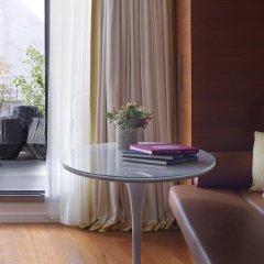 Отель Renaissance Paris Republique Франция, Париж - отзывы, цены и фото номеров - забронировать отель Renaissance Paris Republique онлайн удобства в номере фото 2