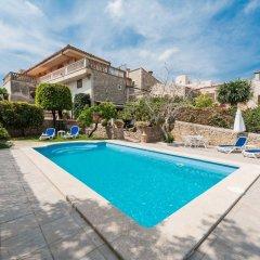 Отель Es Puig бассейн