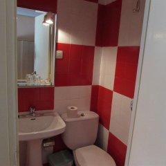 Отель Hostal Rober ванная