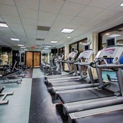 Отель Crowne Plaza Hotel-Newark Airport США, Элизабет - отзывы, цены и фото номеров - забронировать отель Crowne Plaza Hotel-Newark Airport онлайн фитнесс-зал фото 3