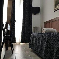 Hotel Aurelia сейф в номере