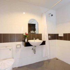 Отель Patong Bay House ванная фото 2