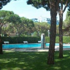 Отель Blanes Condal Испания, Бланес - отзывы, цены и фото номеров - забронировать отель Blanes Condal онлайн бассейн фото 3