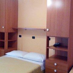 Отель Le Tre Stazioni Генуя комната для гостей фото 2