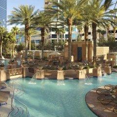 Отель Hilton Grand Vacations on the Las Vegas Strip бассейн фото 2