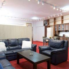 Апартаменты Cinema Museum Apartment комната для гостей фото 4