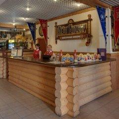 Гостиница Алеша Попович Двор гостиничный бар