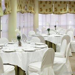 Отель Holiday Inn Madrid - Pirámides фото 2