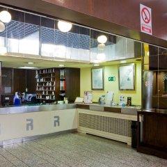 Отель Aparthotel Recoletos Мадрид питание