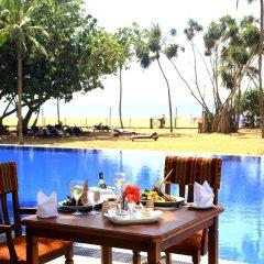 Hibiscus Beach Hotel & Villas питание фото 3