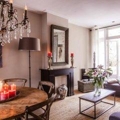 Отель Livia's Hideaway: Elegant Canal Нидерланды, Амстердам - отзывы, цены и фото номеров - забронировать отель Livia's Hideaway: Elegant Canal онлайн интерьер отеля