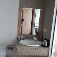 Отель Nha Trang Harbor Apartments & Hotel Вьетнам, Нячанг - отзывы, цены и фото номеров - забронировать отель Nha Trang Harbor Apartments & Hotel онлайн ванная фото 2