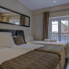 Отель Petit Palace Plaza de la Reina комната для гостей фото 5
