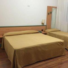 Отель Iris Генуя комната для гостей фото 3