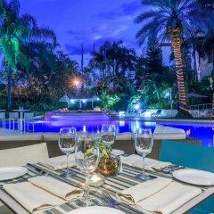 Отель NH Cali Royal Колумбия, Кали - отзывы, цены и фото номеров - забронировать отель NH Cali Royal онлайн бассейн