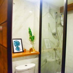 Family Tree Hotel ванная фото 2