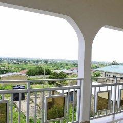 Big Apple Hotel балкон
