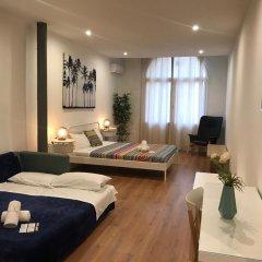 Отель Central & Basic Universitat Барселона комната для гостей фото 2