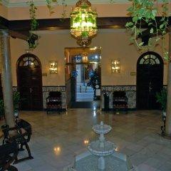 Отель Reina Cristina интерьер отеля