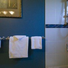 Отель Granville House Bed and Breakfast Канада, Ванкувер - отзывы, цены и фото номеров - забронировать отель Granville House Bed and Breakfast онлайн ванная фото 2