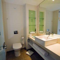 Отель Holiday Inn Stevenage ванная