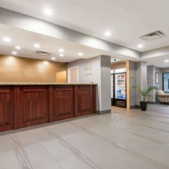 Отель Hawthorn Suites by Wyndham Columbus West интерьер отеля