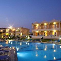 Emerald Hotel бассейн фото 2