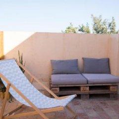 Отель Nexo Surf House Испания, Вехер-де-ла-Фронтера - отзывы, цены и фото номеров - забронировать отель Nexo Surf House онлайн бассейн фото 2