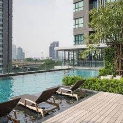 Отель The Base Central Pattaya Sea View бассейн фото 2