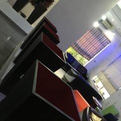Отель Millennium Apartments Нигерия, Лагос - отзывы, цены и фото номеров - забронировать отель Millennium Apartments онлайн фитнесс-зал фото 3