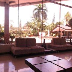 Отель The Ritz Hotel at Garden Oases Филиппины, Давао - отзывы, цены и фото номеров - забронировать отель The Ritz Hotel at Garden Oases онлайн интерьер отеля фото 2